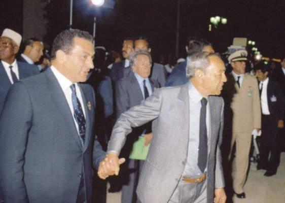 عندما أغلق الحسن الثاني باب الغرفة على مبارك والقذافي لتسوية خلافاتهما