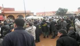 ساكنة بويزكارن تستقبل وزير الداخلية بالاحتجاجات
