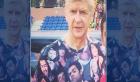 """بالصور.. الصحافة الإنجليزية تسخر من قميص أرسين فينغر في """"المغرب"""""""