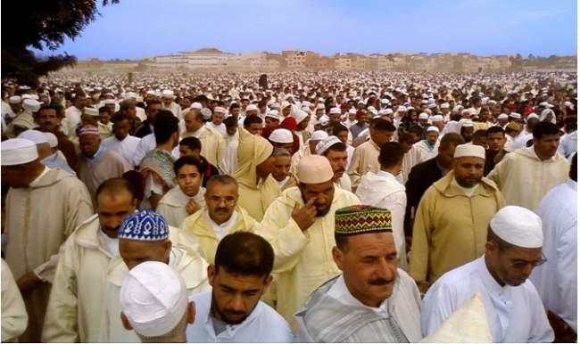 الفلكيون يجمعون أن يوم السبت أول أيام عيد الفطر بالمغرب