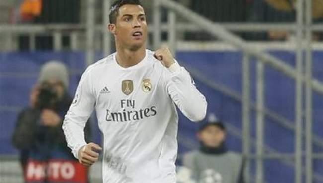 رونالدو: كنا بحاجة إلى التعافي بعد المباراة ضد برشلونة فقد تأدينا كثيرا بالهزيمة
