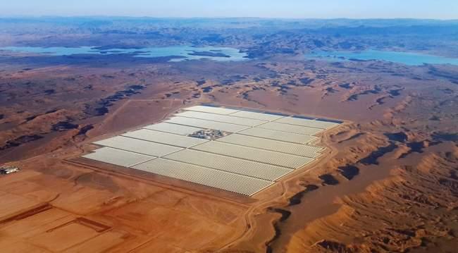 صور لأكبر مشروع عالمي لإنتاج الطاقة الشمسية يفتتحه الملك بورزازات