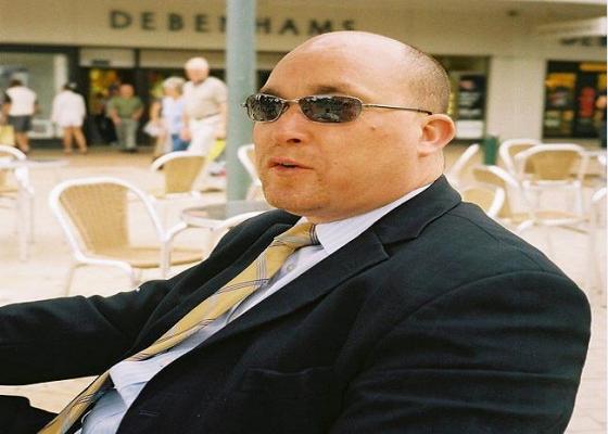 """ضابط في المخابرات الجزائرية: المغرب يبحث عن من يستثمر والجزائر تبحث عن من يدعم """"البوليساريو"""""""