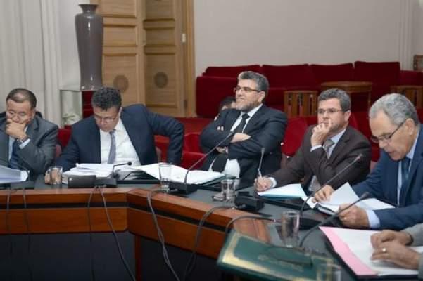 أقوال الصحف: البرلمان يصادق على قانون العنف ضد النساء ب 5 أصوات