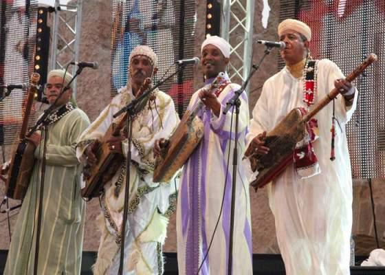 مهرجان وليلي لموسيقى العالم التقليدية يحتفي بالأنماط والألوان الفنية التقليدية