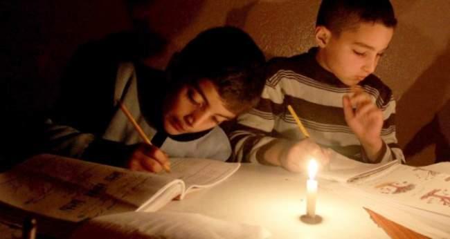 أقوال الصحف: مليون و300 ألف مغربي يعيشون بدون كهرباء