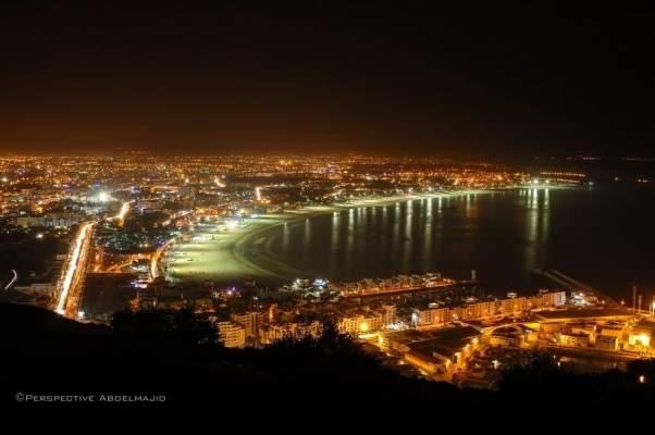 أقوال الصحف: المغاربة ينقذون الموسم السياحي بأكادير