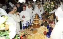 للطعام الملكي وظائف أخرى.. الولائم المخزنية وتدجين النخب السياسية بالمغرب
