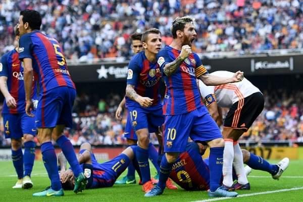 فيديو.. ميسي يقود برشلونة إلى الانتصار على فالنسيا في الوقت الميت
