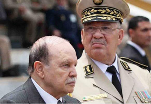 """بعد دعوات """"عزل"""" بوتفليقة.. المال والسلاح في معركة السلطة الجزائرية"""