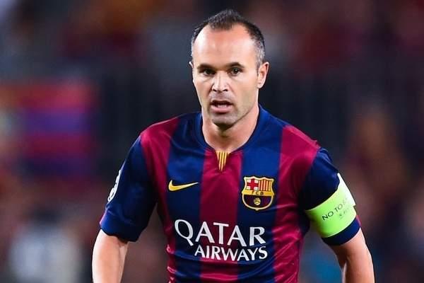 برشلونة يعلن عودة قائده إنييستا قبل الكلاسيكو