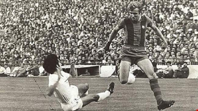 """""""الكلاسيكو"""": ريال مدريد وبرشلونة في صراع التاريخ"""