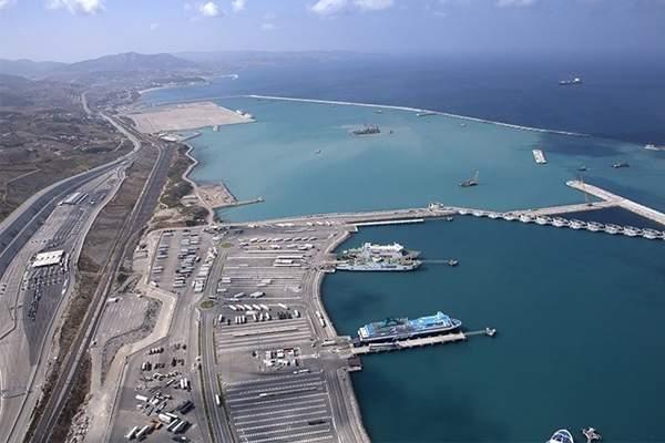 المغرب يقترب من إنهاء تشييد أكبر ميناء للحاويات بإفريقيا بطنجة