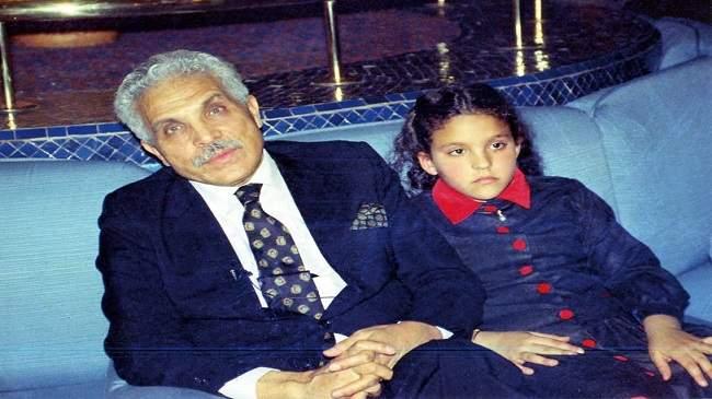 الفنان عبد اللطيف الزين: فكرت متأخرا في ترك لوحاتي ثروة لابنتي