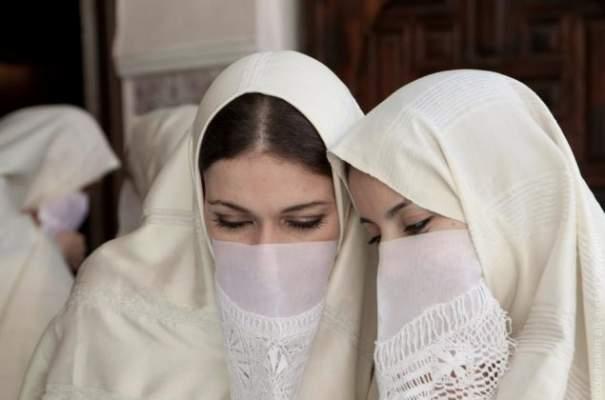 """""""الحايك"""" و """"النقاب المغربي"""" غير معني بالمنع على غرار البرقع !"""