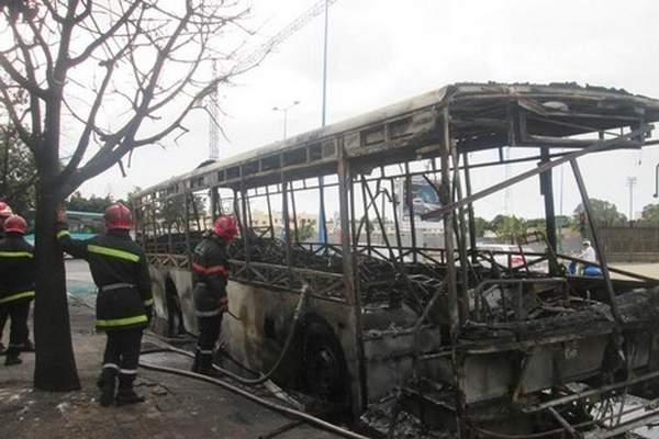 إحالة سائق الحافلة التي احترقت بأكادير على قاضي التحقيق