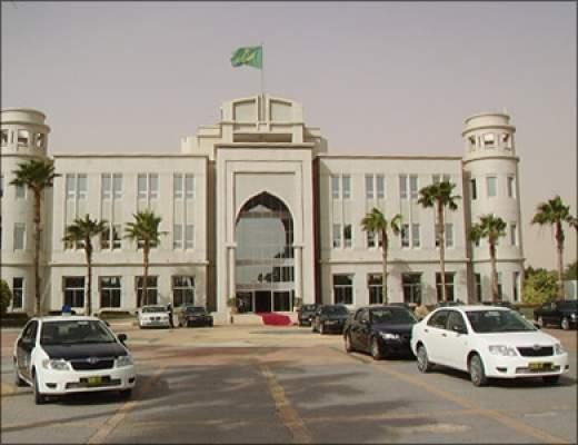 رؤساء موريتانيا السابقون يرفضون تعديل الدستور وينتقدون ولد عبد العزيز