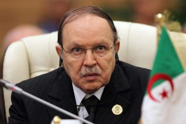 تساؤلات في الجزائر حول صحة بوتفليقة بعد إلغاء زيارة ميركل