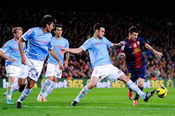 """فيديو.. ميسي يعيد برشلونة إلى صدارة """"الليغا"""""""
