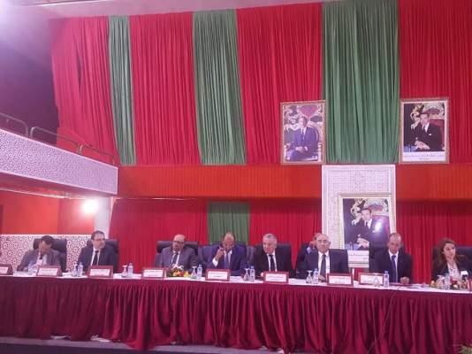 وزير الداخلية يطلع على المشاريع التي أطلقها الملك بالصحراء المغربية