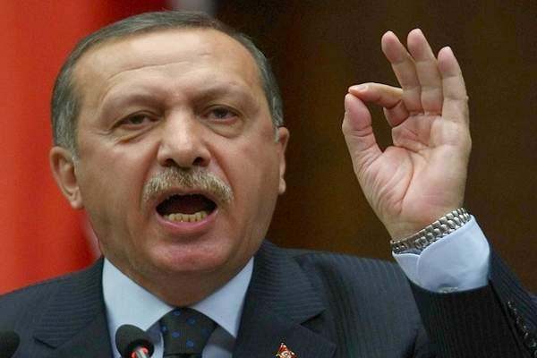 تركيا تُعلّق علاقاتها على أعلى مستوى مع هولندا
