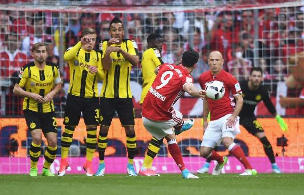 بايرن ميونيخ يُنذر ريال مدريد برباعية في دورتموند