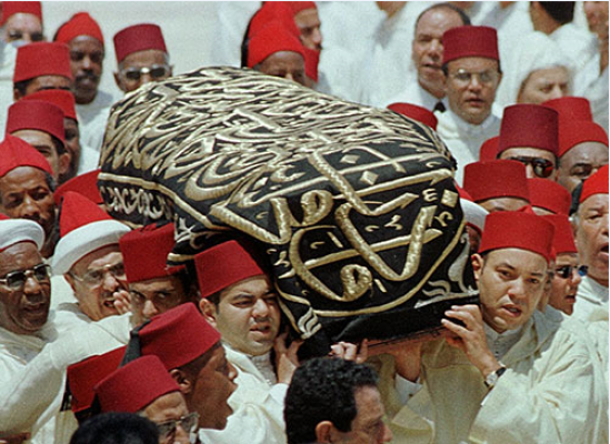 """""""مات الملك.. عاش الملك"""".. تفاصيل اللحظات الأخيرة من حياة الحسن الثاني"""