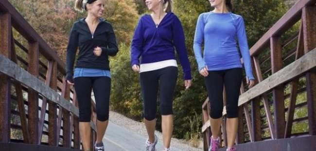 دراسة: المشي يحد من خطر الإصابة بمرضي السرطان والقلب