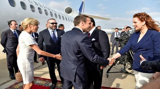 شخصيات من أصول مغربية رافقت الرئيس الفرنسي ماكرون إلى المغرب