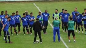 غاريدو يستفسر عن أسباب إضراب لاعبي الرجاء