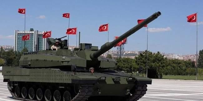 بالصور .. وصول تعزيزات عسكرية تركية إلى قطر للمرة الثانية