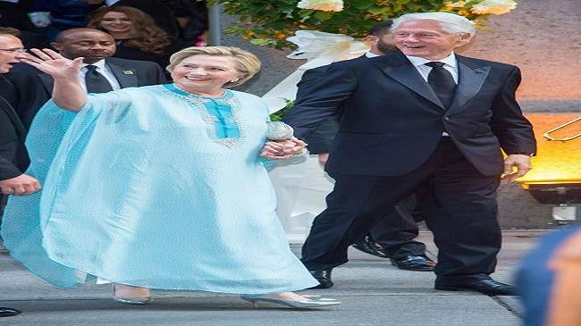 زوجة الرئيس الأمركي الأسبق ترتدي قفطانا مغربيا (صور)