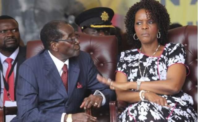 العجوز موغابي مريض وزوجته تثير زوبعة في جنوب إفريقية.. وهذا ما وقع