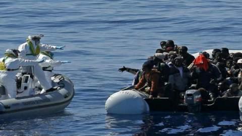 المغرب وإسبانيا ينقذان 68 مهاجرا إفريقيا بمضيق جبل طارق