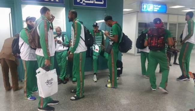 صور .. أسود السلة يحطون الرحال بتونس لمواجهة الفراعنة