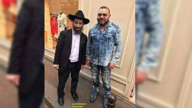 صورة الملك رفقة يهودي بباريس تشعل مواقع التواصل الفرنسية