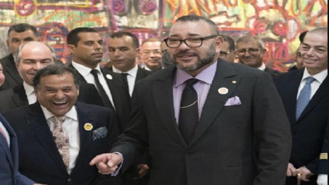 """يوم انفجر الملك محمد السادس ضحكا بسبب """"المخزن"""""""