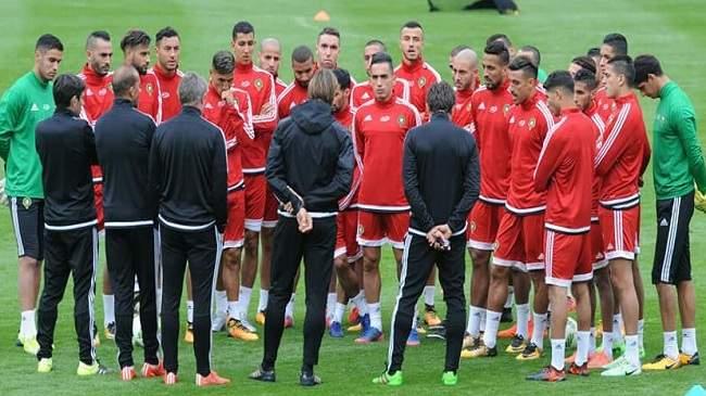 بعدما أصبح المغرب على بعد خطوة من المونديال.. لاعب دولي معتزل يُقرّر التراجع.. !