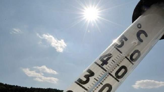 طقس الخميس: عودة الأجواء الحارة..والمحرار يسجل 42 في هذه المناطق
