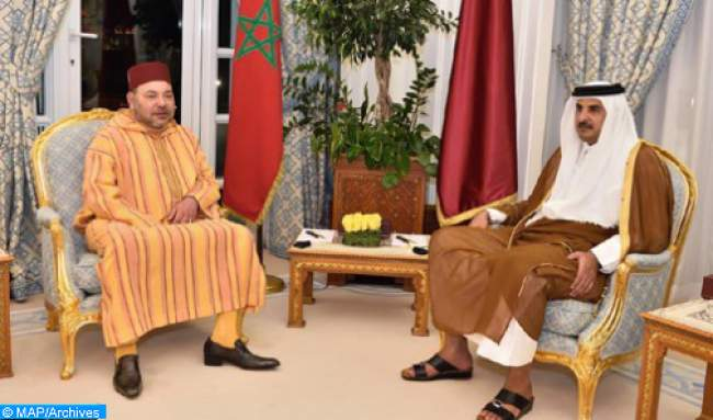 أمير قطر يخصص هذه المفاجأة للملك محمد السادس بعد وصوله