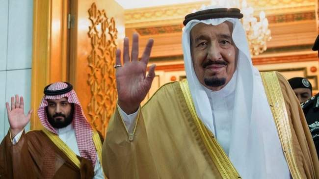 حقائق مثيرة..هل يتنازل الملك سلمان عن العرش لابنه؟