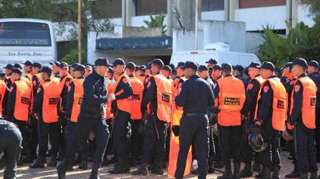 وزارة الداخلية تصدم الجماهير قبل نهائي كأس العرش بين الرجاء والدفاع الجديدي