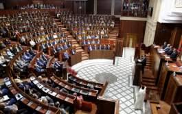 المعارضة تنتقد غياب أعضاء حكومة العثماني في البرلمان