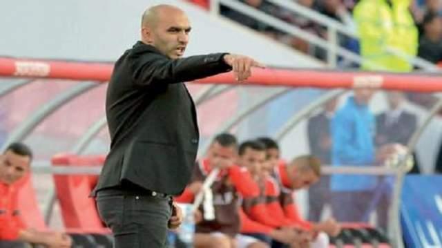 الركراكي ينهي خلافه مع لاعب الرجاء البيضاوي