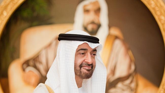الإمارات تخرج بأول تصريح بعد اتهام بن زايد باحتجاز أمير قطري