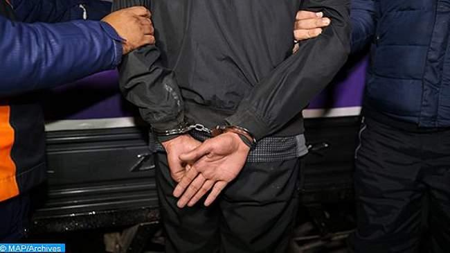 اعتقال طالب جامعي للاشتباه بتورطه في سرقة وكالة لتحويل الأموال