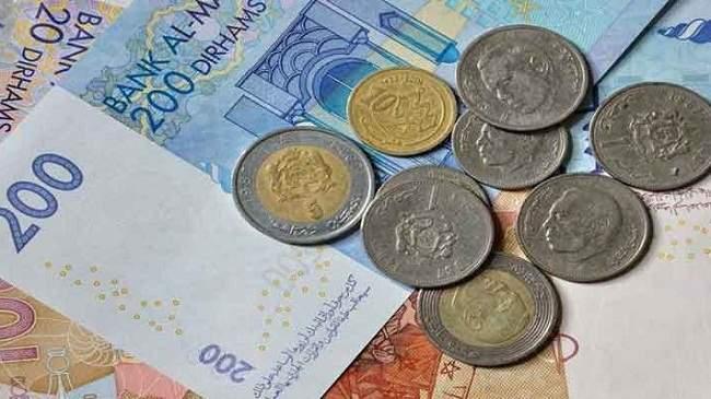بعد التحرير الجزئي..هذه تطورات سعر الدرهم بالنسبة للأورو والدولار
