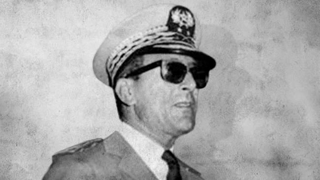 كيف نشأت علاقة الجنرال أوفقير بقادة الجزائر؟