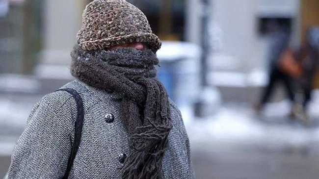 أجواء باردة وانخفاض شديد في درجات الحرارة الثلاثاء بهذه المناطق