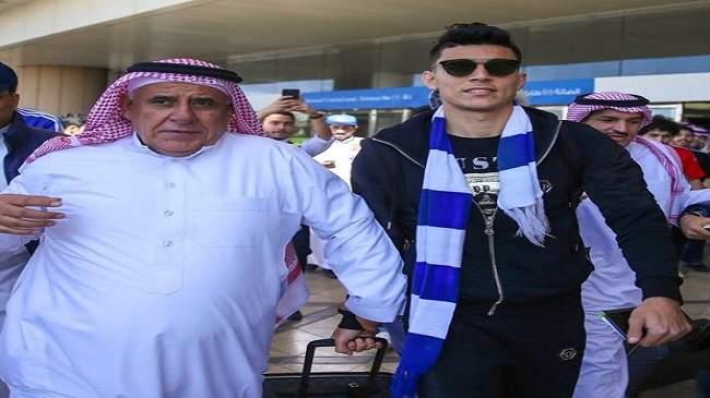 المغرب الفاسي يهدد الوداد بسبب الغموض في صفقة انتقال بنشرقي إلى السعودية